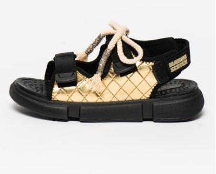 Sandale aurii cu aspect masiv