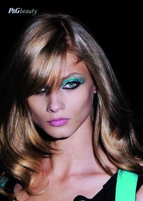 Turquoise, culoare vedeta