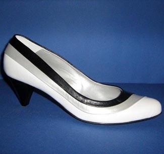 Pantofi in alb-negru
