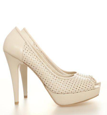 Pantofi cu minidecupaje