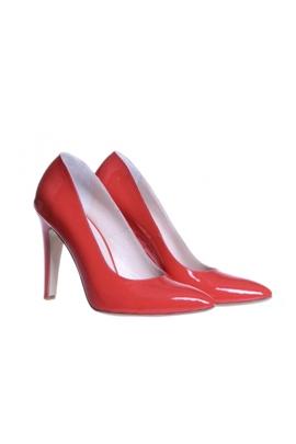 Pantofi de lac corai