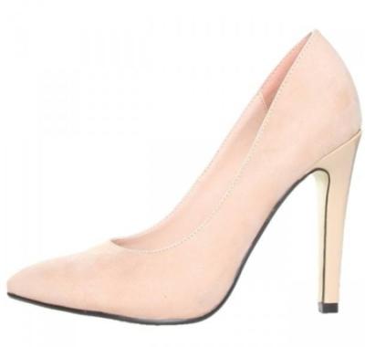 Pantofi nude cu varful ascutit