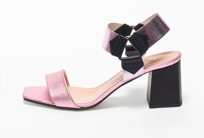 Pollini, Sandale cu aspect metalizat și toc înalt